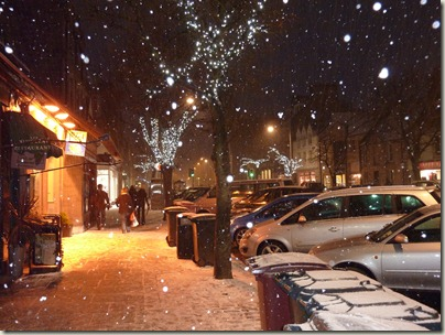 Snow falling on South Street