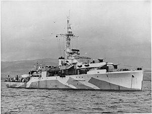 300px-HMS_Amethyst_WWII_IWM_A_30156