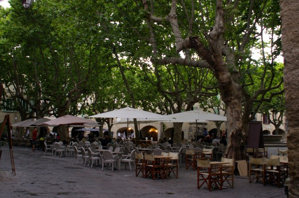 Uzes rainy day004