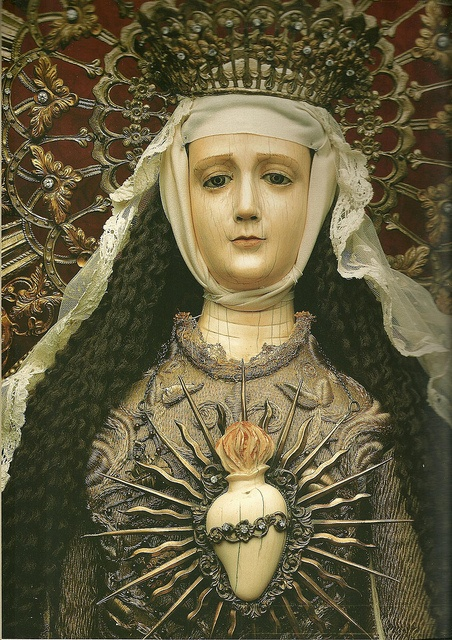 Purisimo Corazon de Maria . The Immaculate Heart of Mary Attributed to Leoncio Asuncion y Molo (1813 -1888) FILIPINO Ivory head, hands and heart mounted on wooden mannequin body.