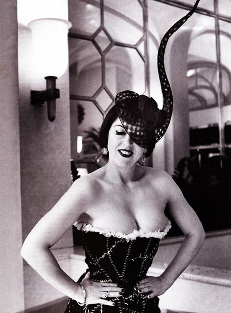 sabella Blow, Fashion icon credited with discovering Alexander McQueen and muse of hat designer Philip Treacy.