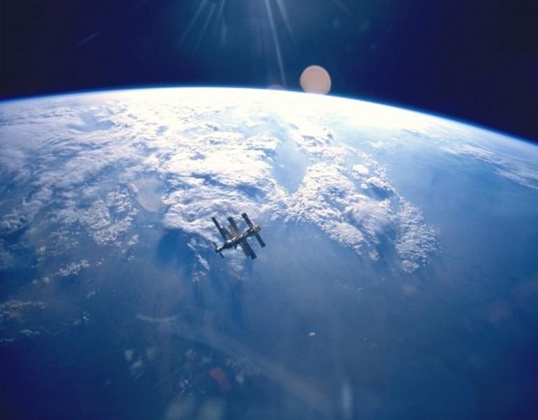 Earth1-500x390