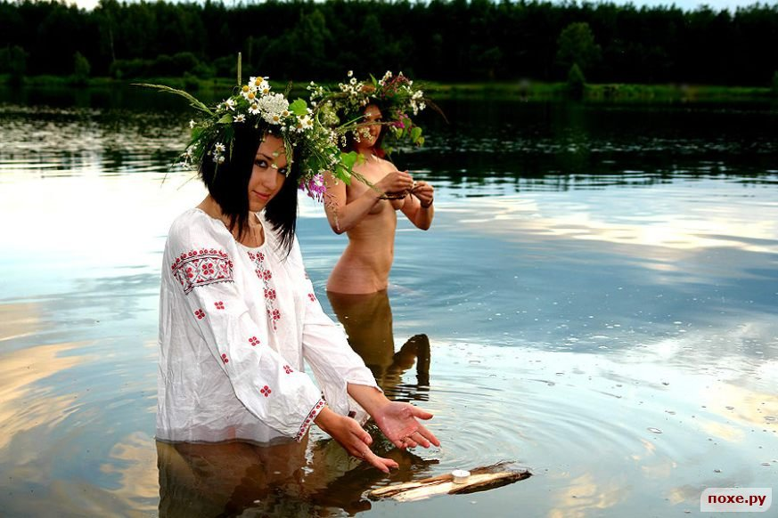 нудисты на реке смотреть бесплатно