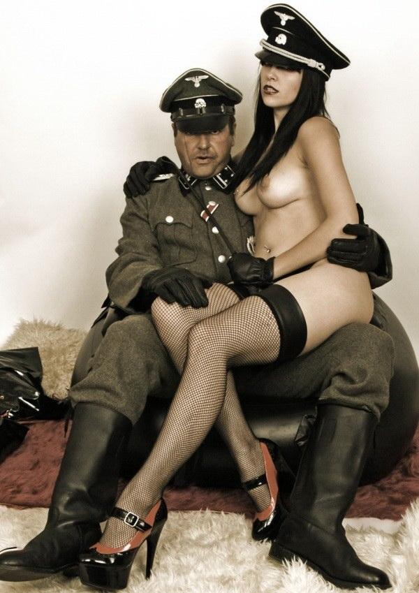 nacistkaya-ehrotika-big