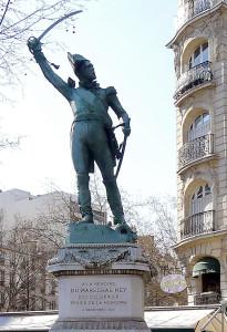 p1010441_paris_vi_statue_du_mar_c3_a9chal_ney_reductwk-1450158631118CF6375 (1).jpg