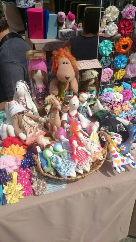 Куклы и игрушке на выставке