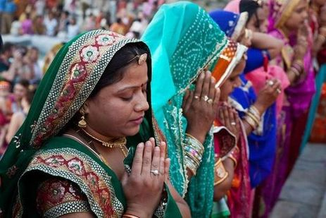 faith-gangaur-prayer_in_hinduism-worship-hd