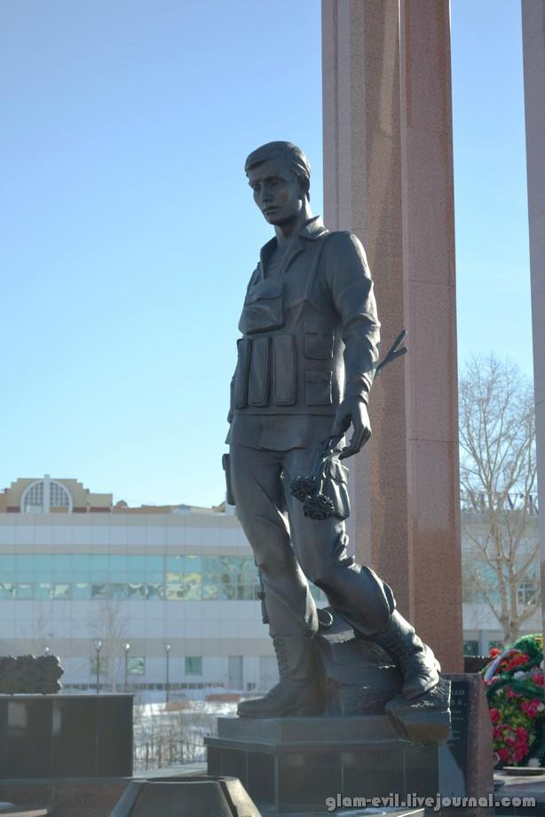 Купить памятники недорого с Нефтеюганск памятники из гранита изготовление норильск