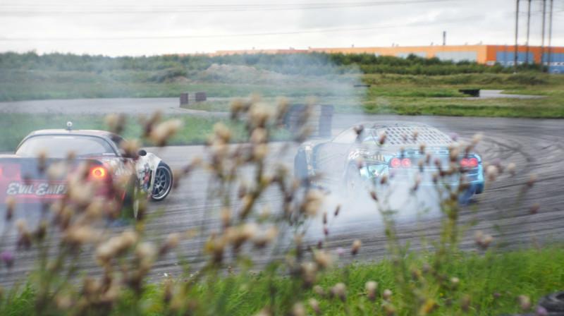 Соревнования по дрифту на автодроме в Шушарах