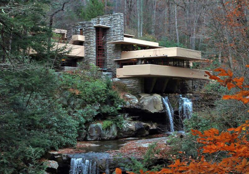 Дом над водопадом, архитектор Фрэнк Ллойд Райт