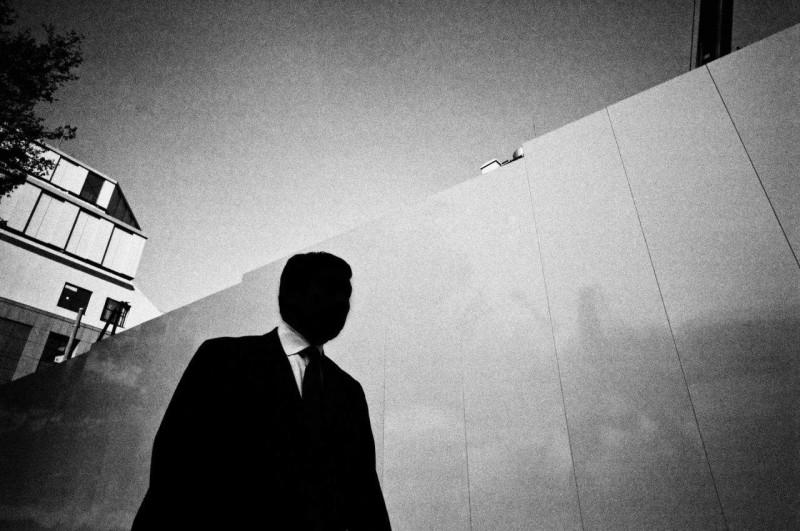 Токио. Эрик Ким, 2012. Обратите внимание на ведущую диагональ