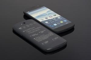 YotaPhone-II-2