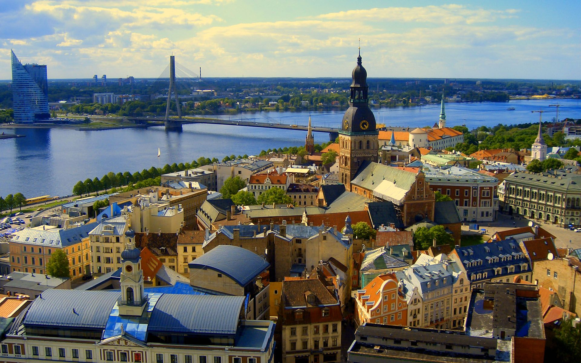 latvia_riga_saint_peters_church_wide_wallpaper-wide