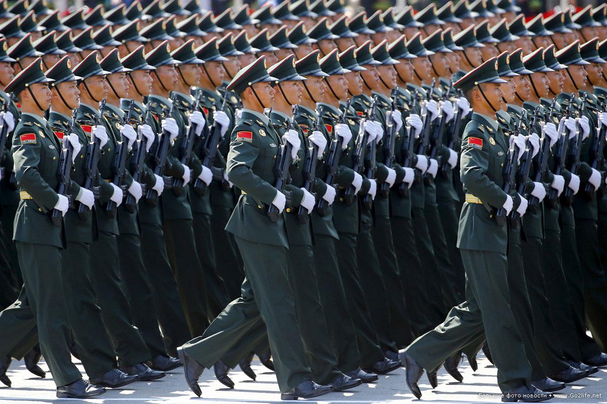 Грандиозный военный парад в Пекине