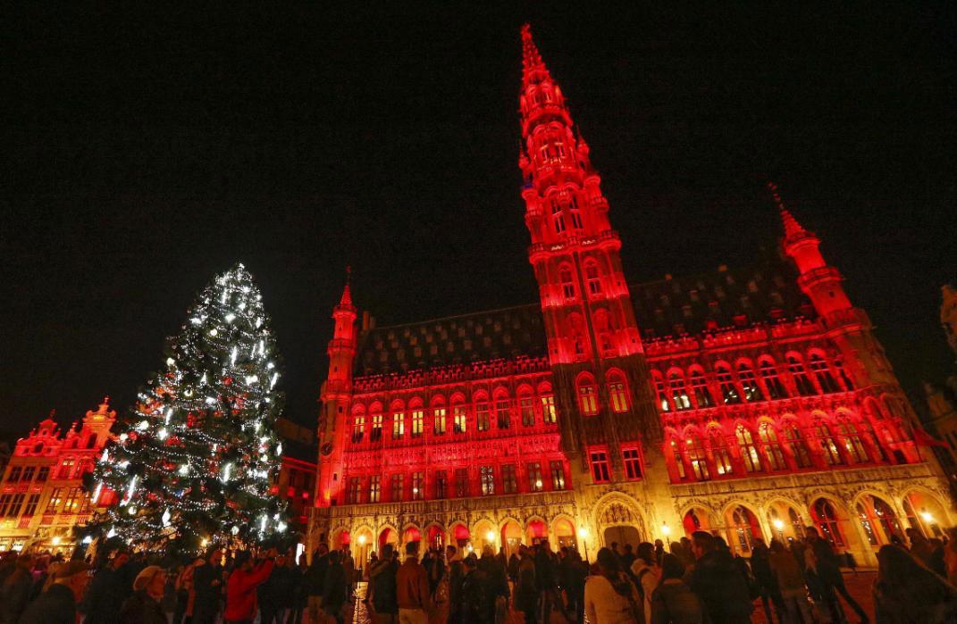 Рождественские елки во всем мире