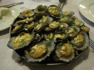 Limpets, covered in garlic