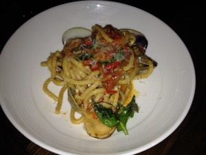 Pasta with littleneck clams
