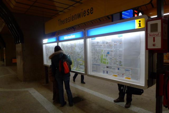 Из за того, что метро такое
