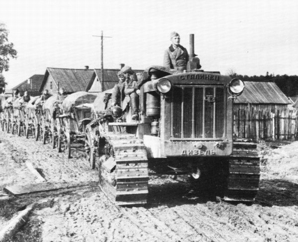 """Наш """"сталинец"""" в лапах Вермахта."""