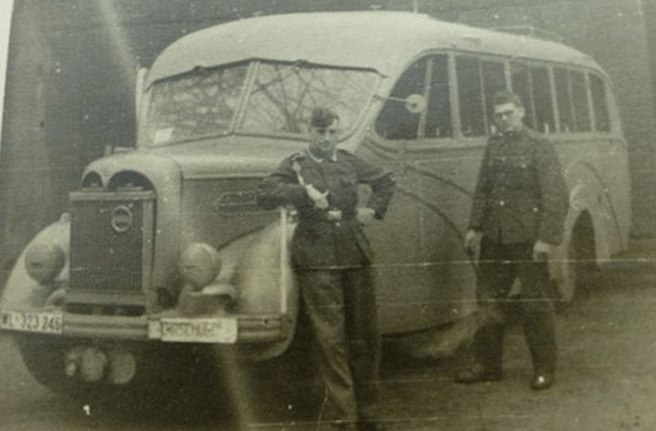 Buses for the Wehrmacht. service, bus, Trophy, bus, Luftwaffe, German, Wehrmacht, Opel, gas generator, Bus, French, chassis, fuel, installation, glass, BüssingNAG, truck, frontal, German, soldiers