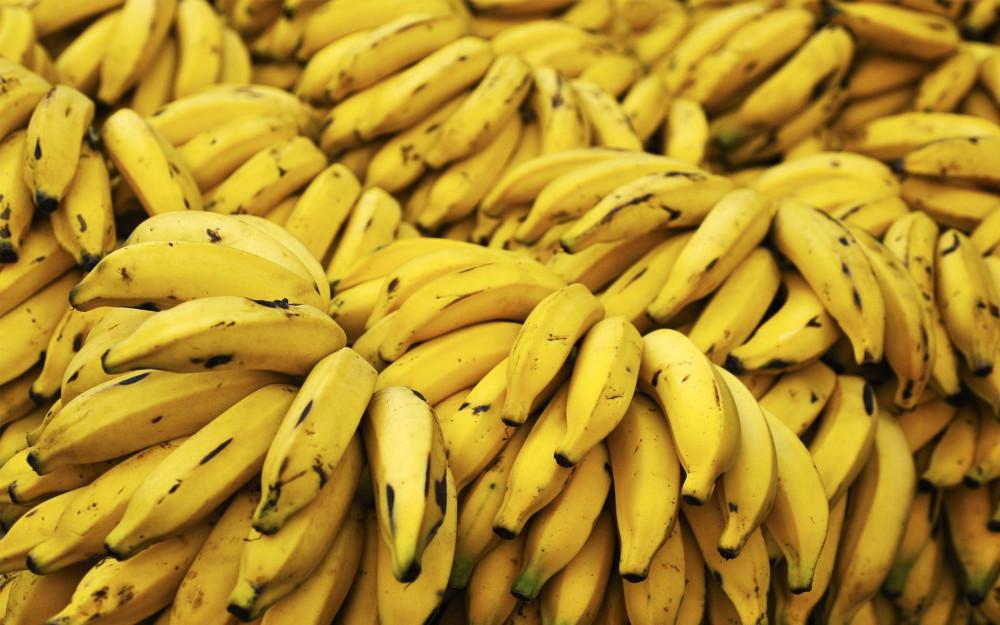 banany_na_sklade_1920x1200