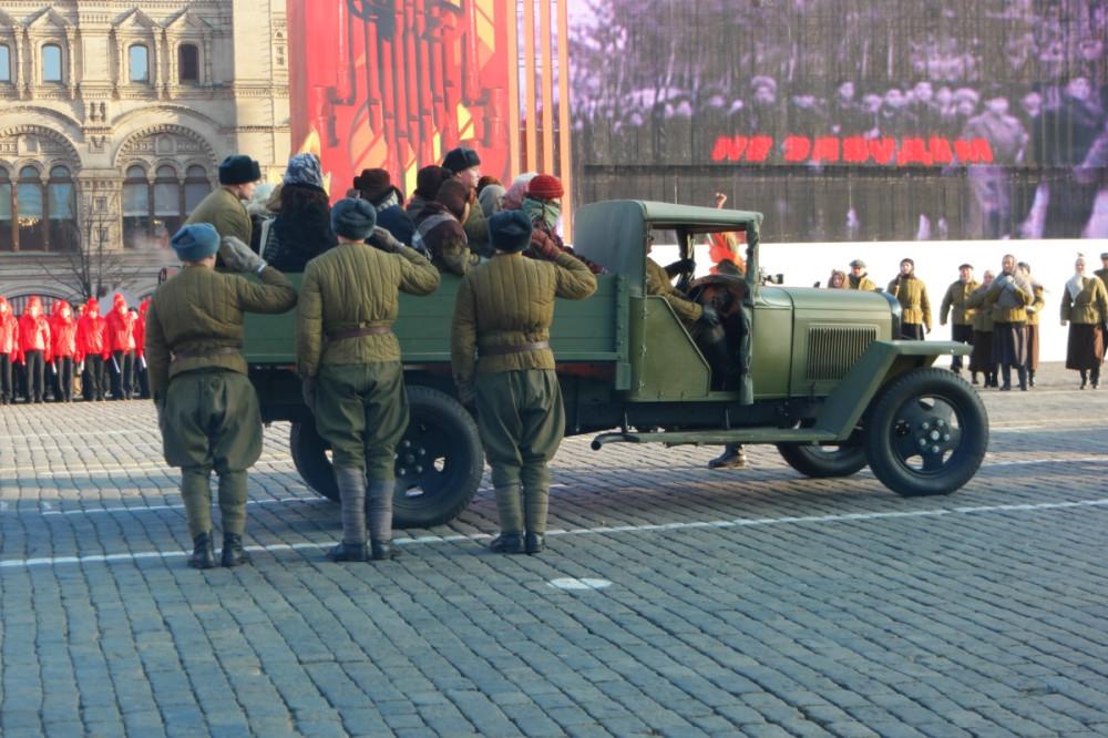 Image result for Марш в честь 75-й годовщины военного парада 1941 года
