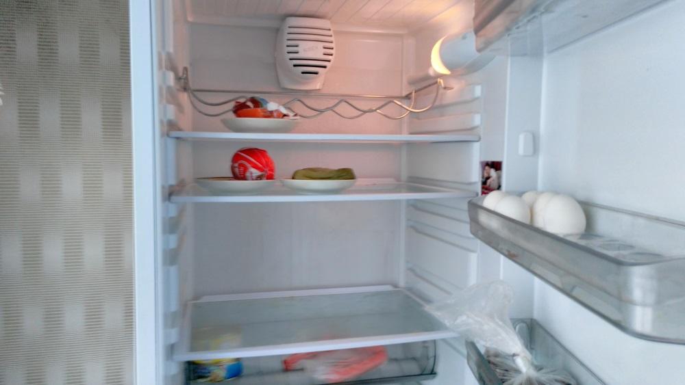 Раздают пенсионерам холодильники и ноутбуки