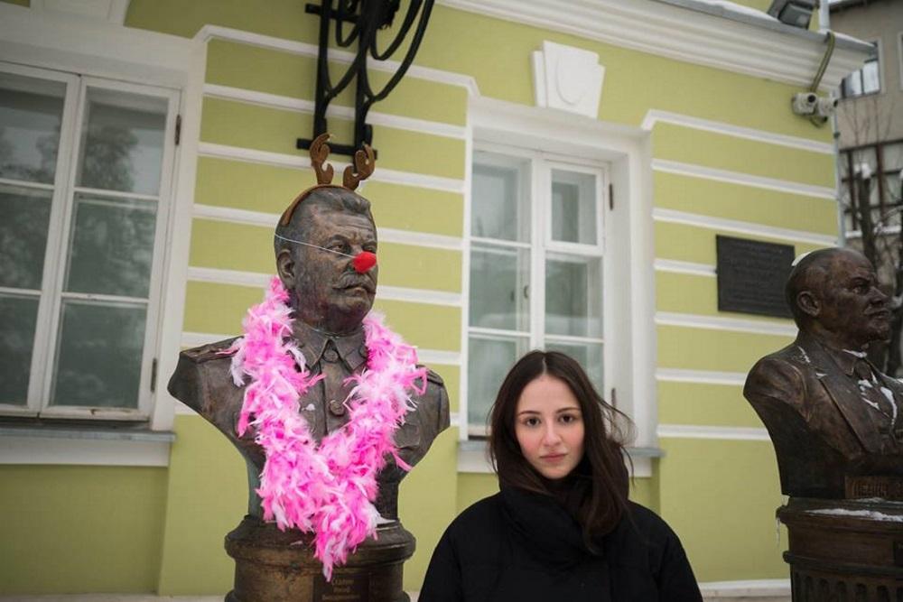 Сталин клоун, Иван Грозный, тоже