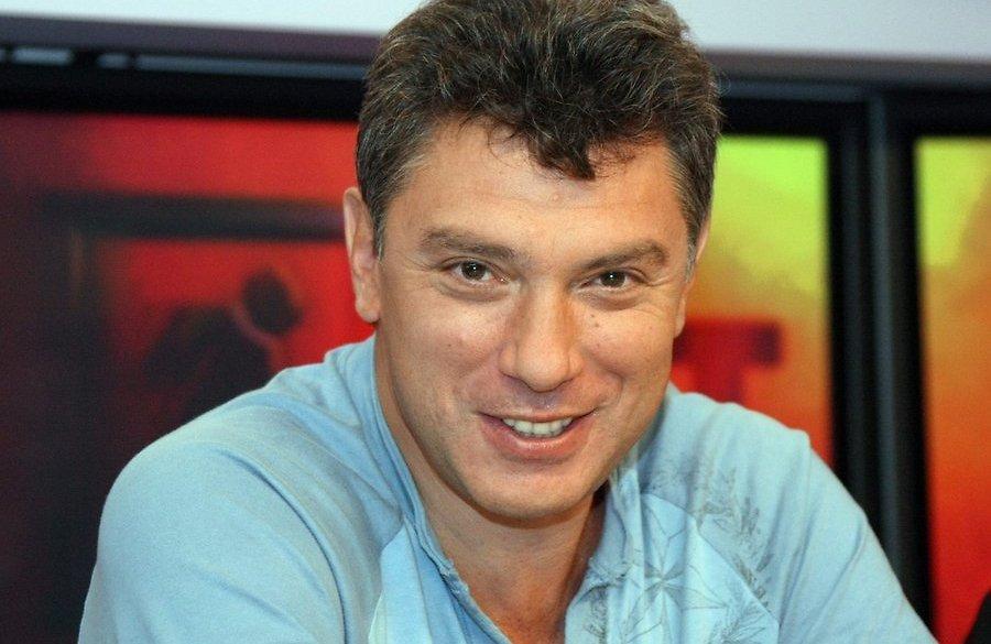 Убит Борис Немцов. 4 выстрела в спину...
