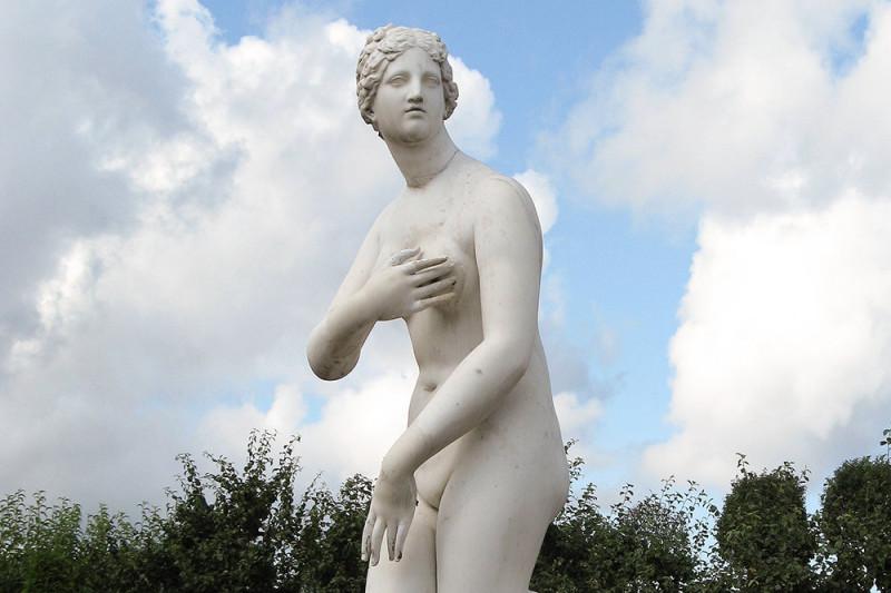 1920px-Aphrodite-1-Peterhof_d_850
