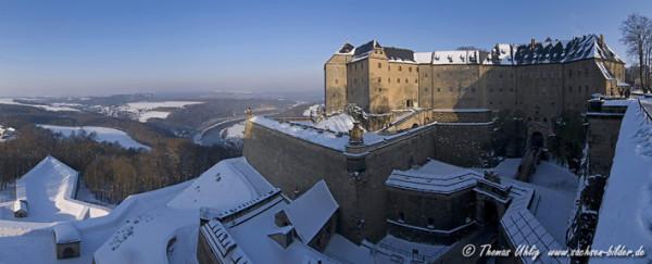 Festung Koenigstein im Winter1
