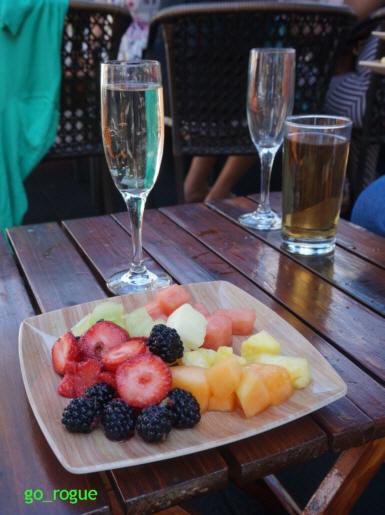 230BwayBrunch-Fruit