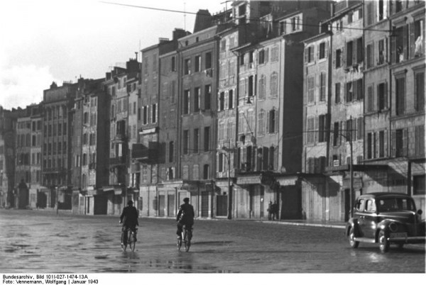 Bundesarchiv_Bild_101I-027-1474-13A,_Marseille,_altes_Hafenviertel