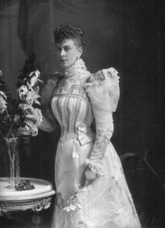 1901 Princess Mary in day dress