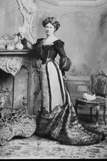1901 Rosie Boote
