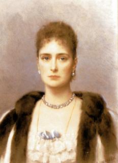 1901 Tsaritsa Alexandra Feodorovna in well-known portrait