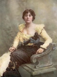 1901 Violet van Brugh stage