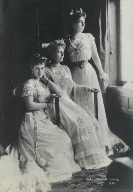 1906 Bee, Missy, and Ducky