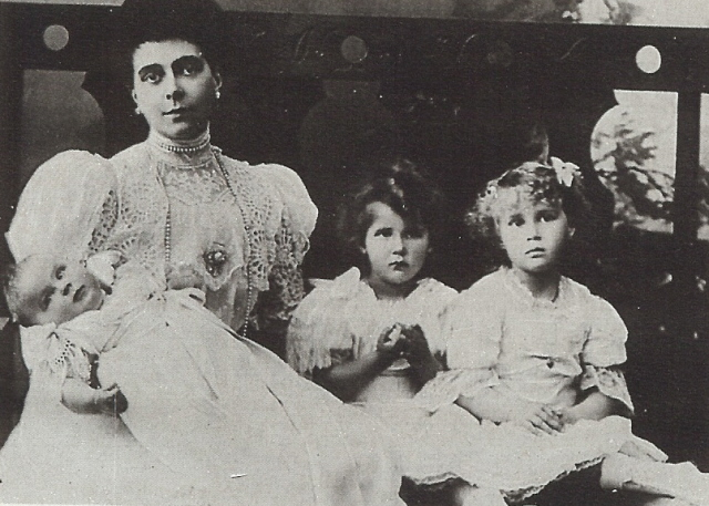 1906 Elena Vladimirovna of Russia, with her three daughters Elisabeth, Olga and baby Marina