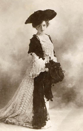 1906ca. May de Sousa
