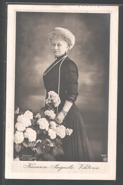 1911 Auguste Viktoria, Empress of Germany 2