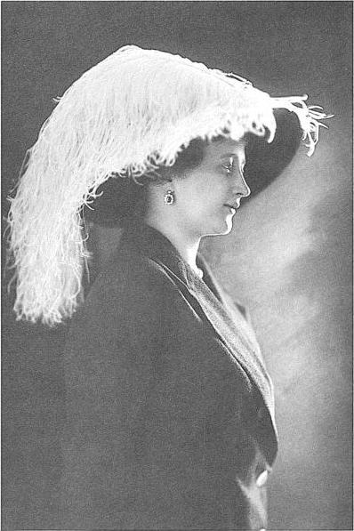 1911 Countess Isabella Esterházy de Galánta