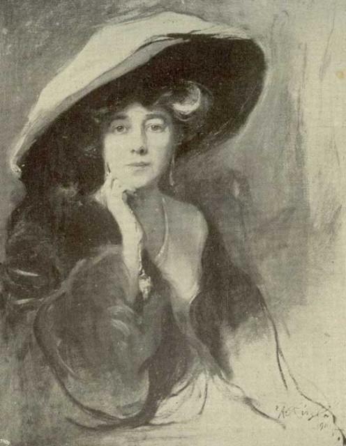 1911 Viscountess Northcliffe by de Laszlo (location unknown).jpg