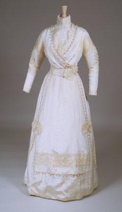 1911 wedding gown