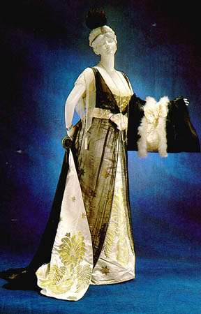 1913 Worth evening gown