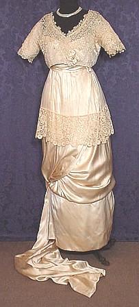 1913ca. wedding gown