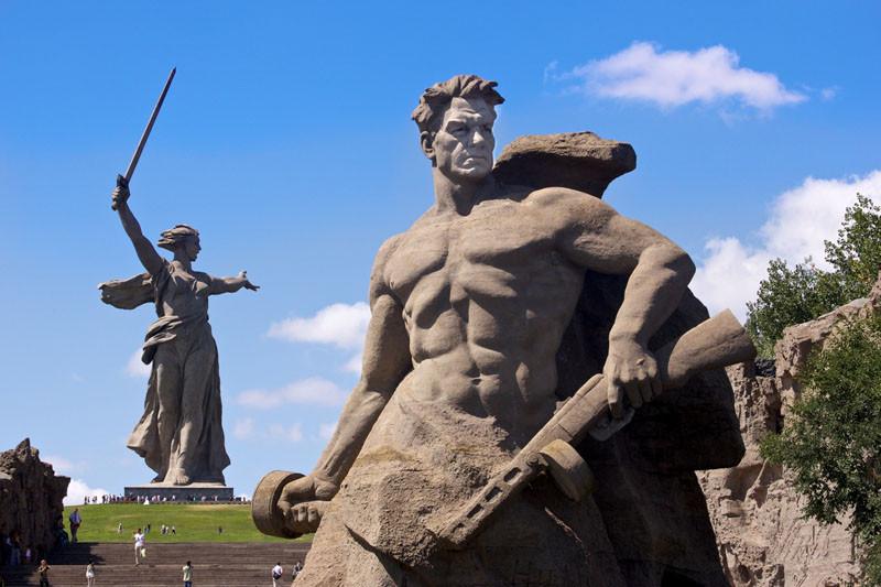 2-Mamaev-kurgan-i-Rodina-mat`.jpg