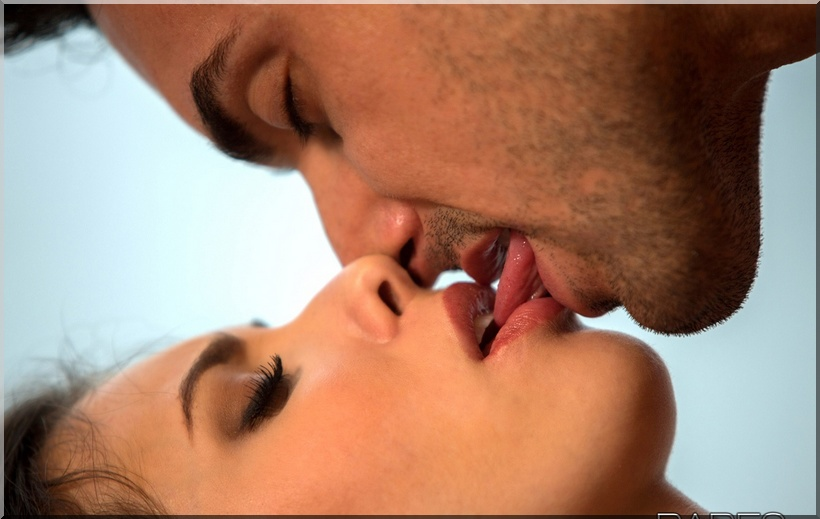 Сексуальные поцелуи фото