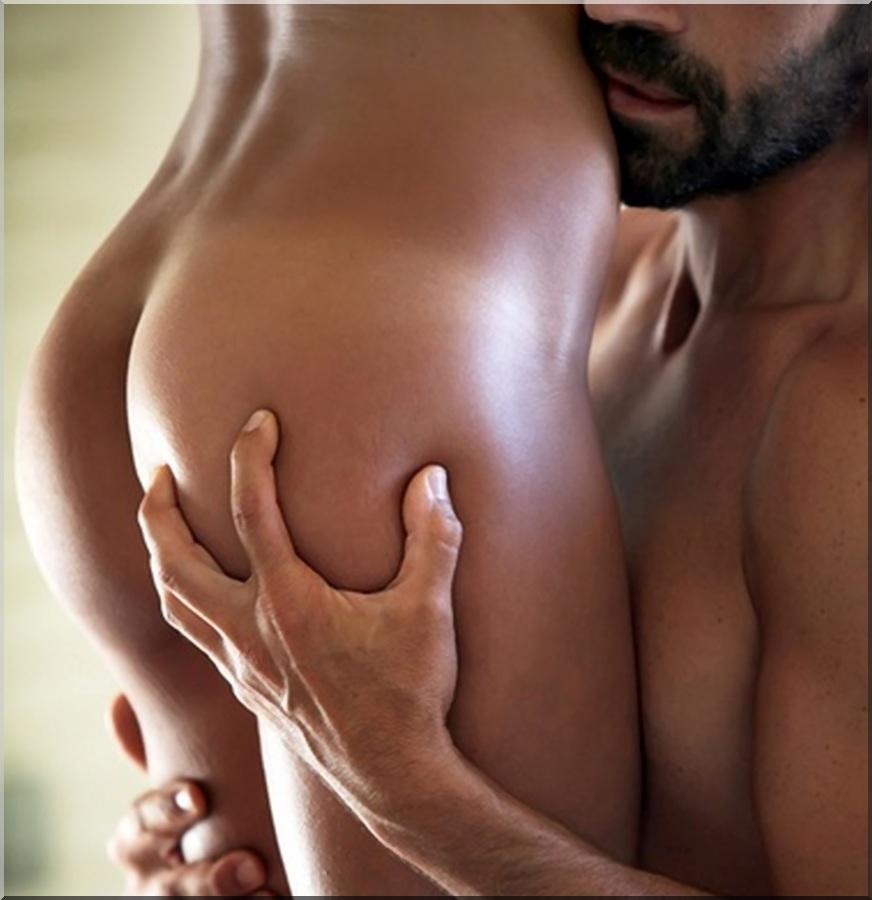 Обнять сексуальную блядь разделся показал