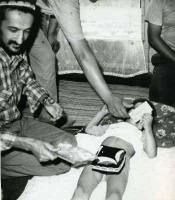 Мальчик показывает письку фото фото 598-916